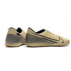 Nike Mercurial Vapor 13 Academy IC Football Boots Golden