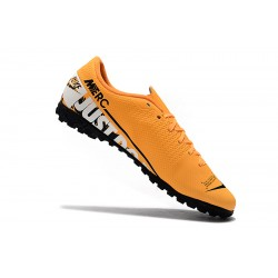 Nike Mercurial Vapor 13 Academy TF Football Boots Orange